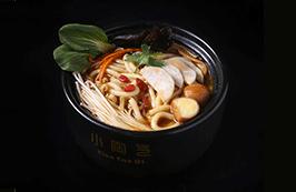 咸阳菌汤土豆粉