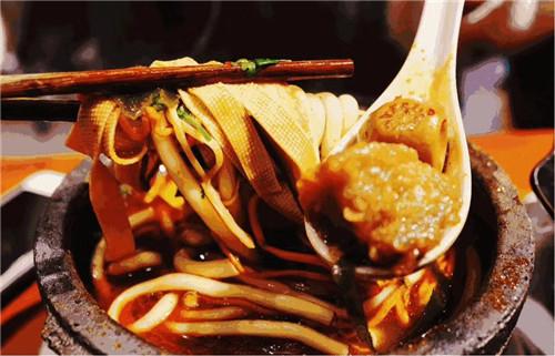 河南原味砂锅土豆粉