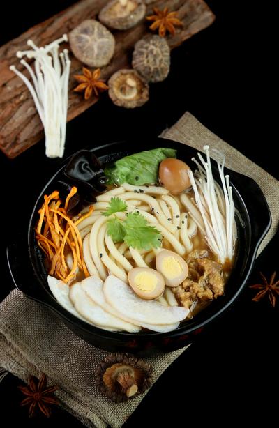 菌汤砂锅加盟