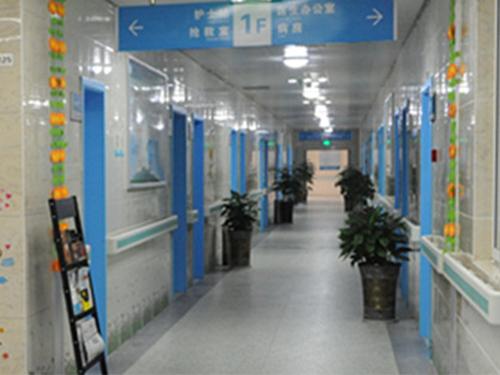 四川pvc地板安装成功案例:遂宁市民康医院