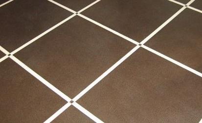 怎么样避免美缝剂粘到瓷砖上呢?这2个技巧可以看看!