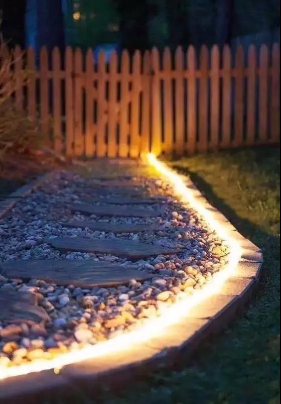 打造出彩庭院,四川景观灯配置秘诀在这里