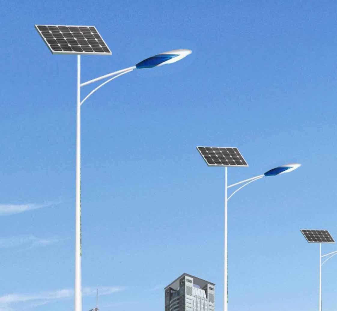 太阳能路灯发展势头很猛,将取代传统路灯!