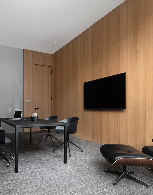 木饰面墙板