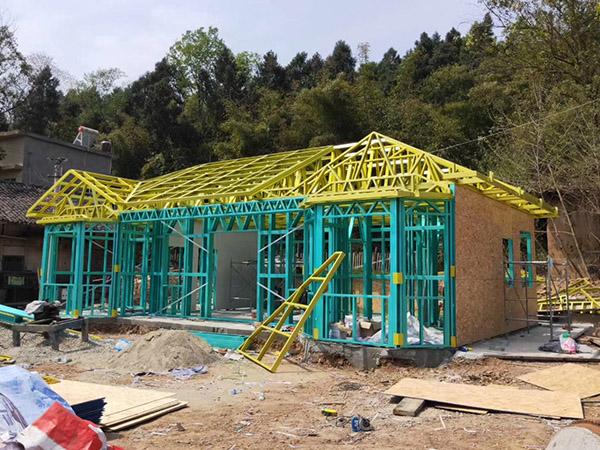 为什么攀钢S550镀铝锌钢材广泛用于轻钢别墅建筑