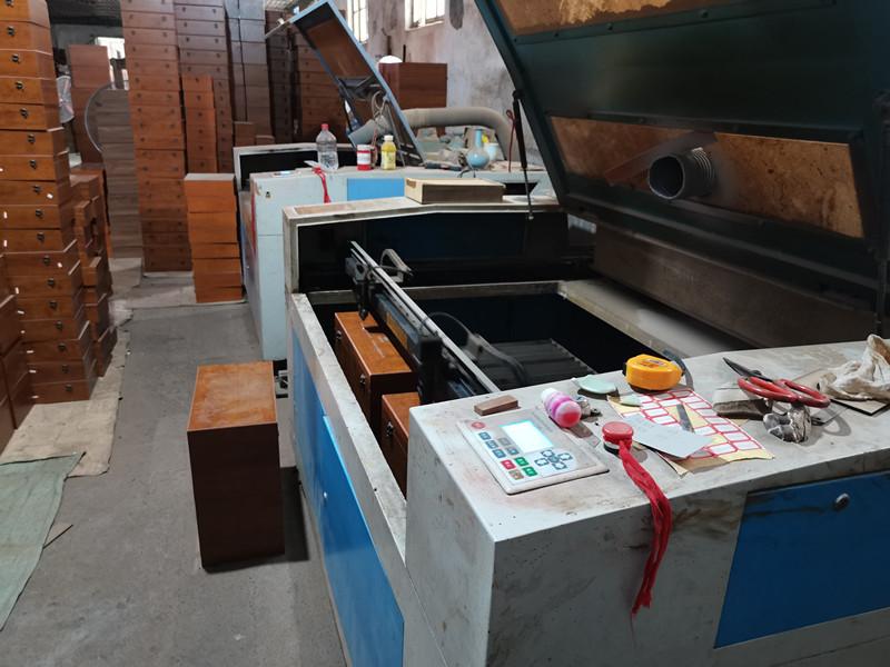 立铭包装盒生产设备