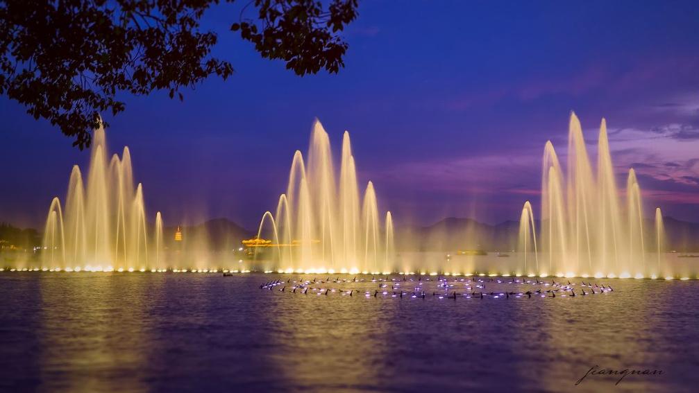 喷泉水景的水源与水质应该如何控制?