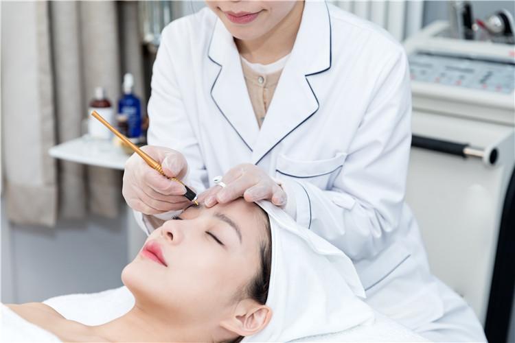 南阳化妆培训