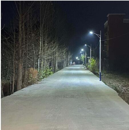陕西太阳能节能路灯为何不用电缆就能发光?