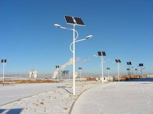 陕西太阳能路灯灯杆高度是多少?
