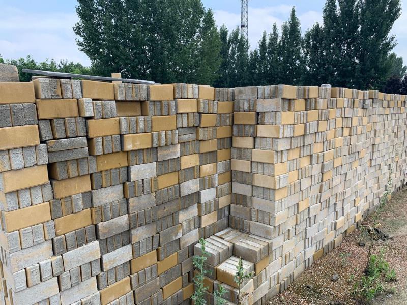 西安透水砖安装