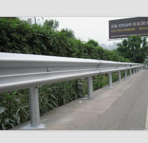 四川波形护栏