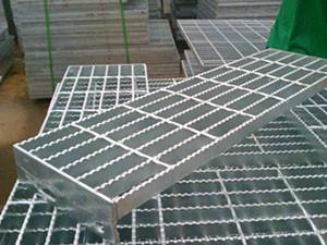 为什么说四川钢格板使用起来不容易变形呢