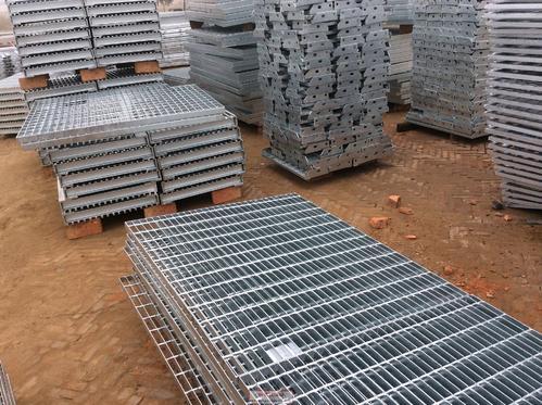 环境使用对热镀锌格栅板的影响是什么?
