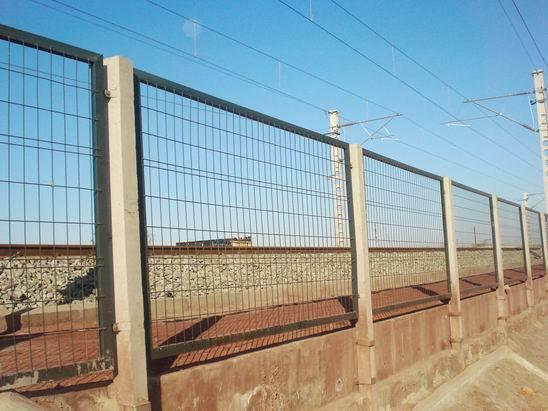 关于铁路护栏网 你知道多少呢?
