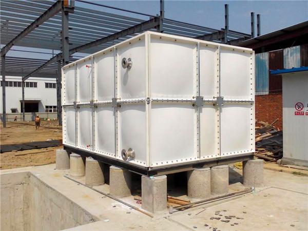 玻璃钢水箱的的耐高温性很好,那么其..承受温度是多少呢?