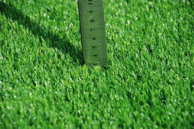 人造草坪基础垫层的那时,务必运用到沥清来作为重要的基础梁
