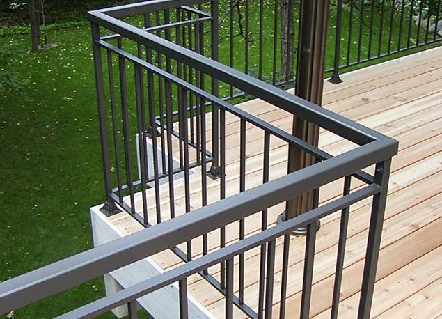 西安不锈钢栏杆日常保养要注意哪些要点?