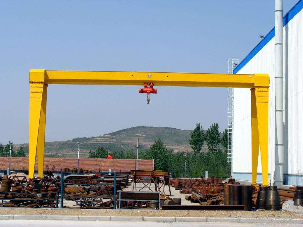 新疆门式起重机-单梁