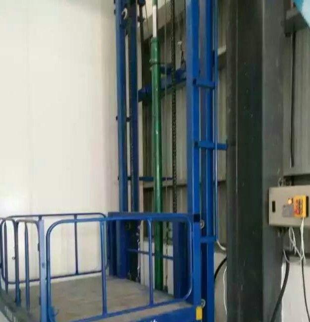 陕西单杠链条导轨升降货梯销售