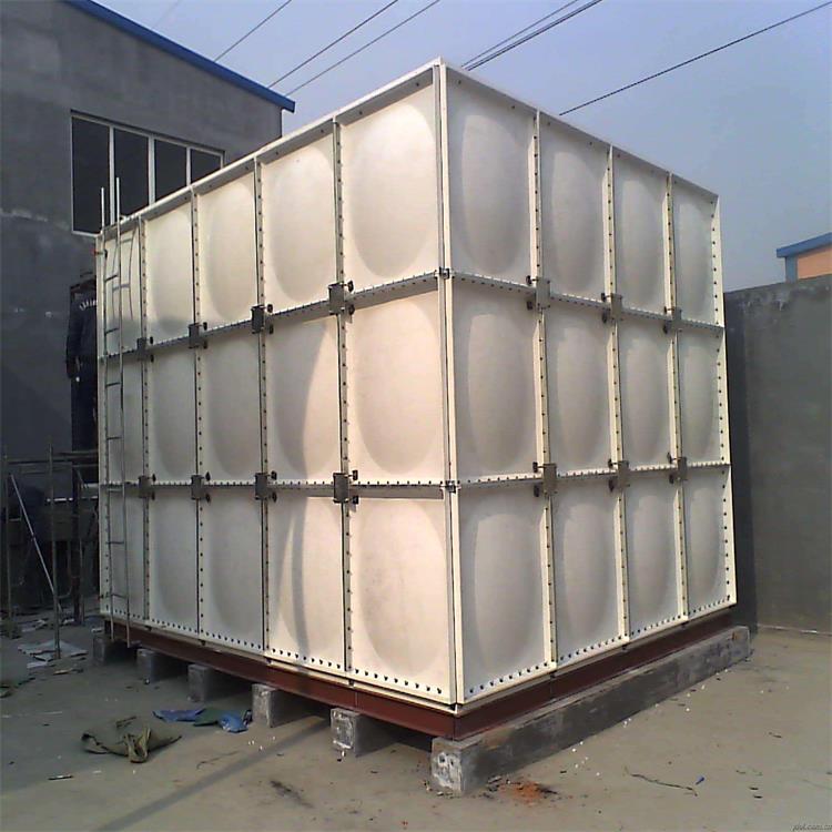 玻璃钢SMC水箱的组成部分及配件有哪些?