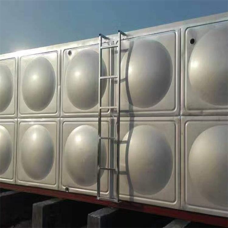 张家口不锈钢太阳能保温水箱