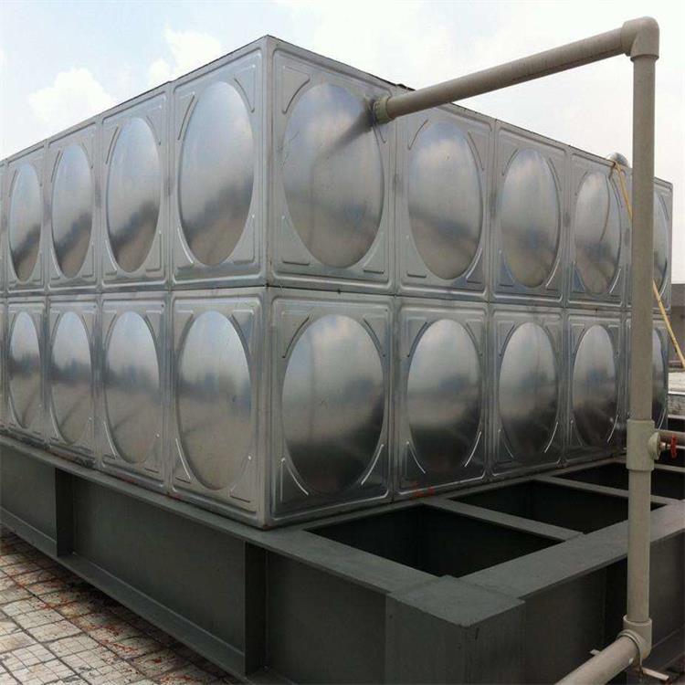 太阳能不锈钢水箱为什么能受到大家的欢迎,源于六大特点。
