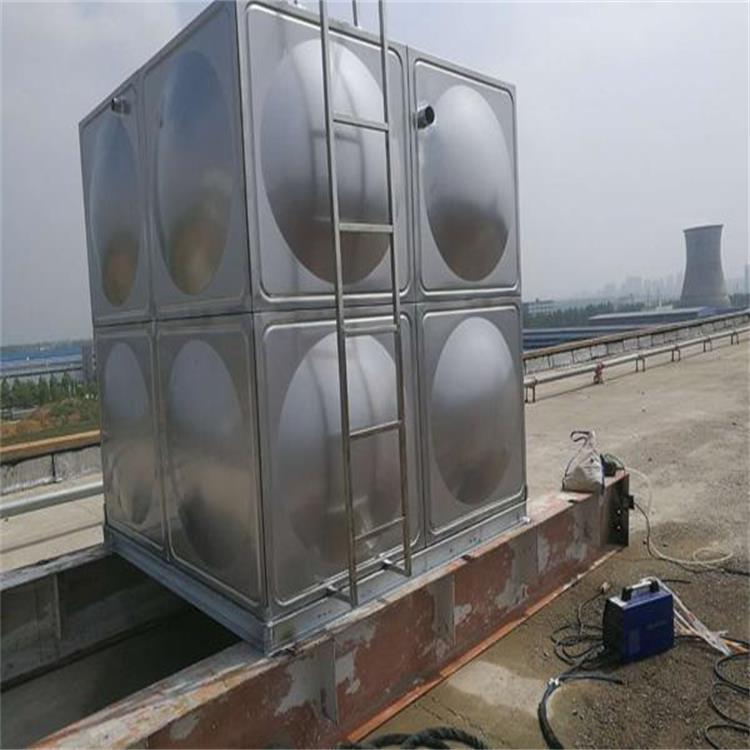 在张家口购买不锈钢水箱时需要注意的问题都有哪些?