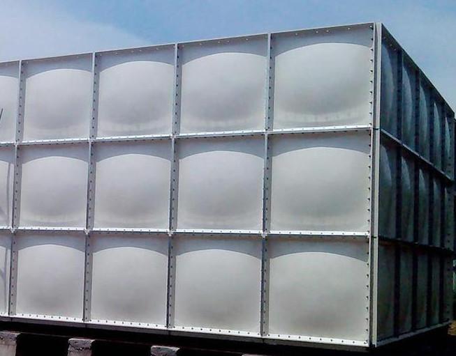 如何降低玻璃钢SMC水箱的安装难度 玻璃钢SMC水箱表面的清洗保养六个方法