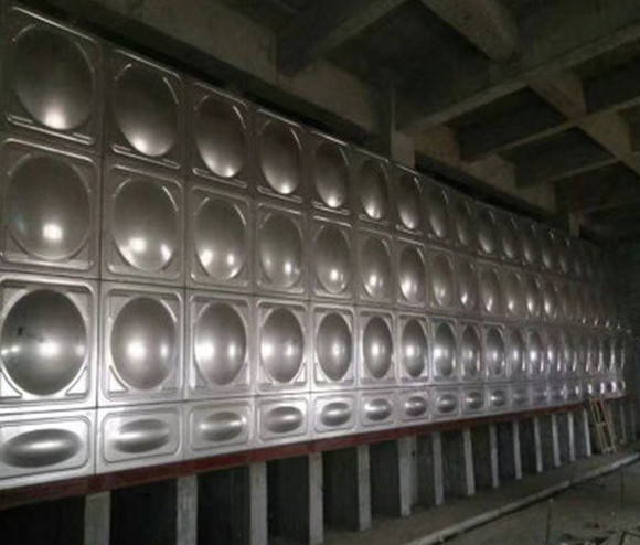 想要全方位了解不锈钢保温水箱,这四点知识你要了解!
