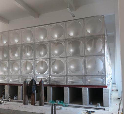 不锈钢水箱墙壁为什么有凸起?