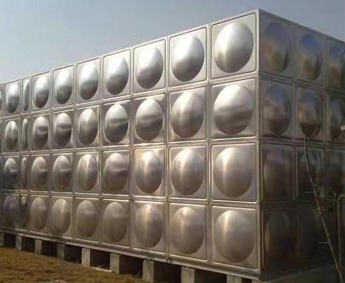 玻璃钢水箱、不锈钢水箱哪个性价比高呢?
