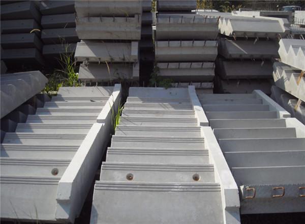 根据预制装配式混凝土楼梯的3种连接方式分析出有较大的优势的链接方式