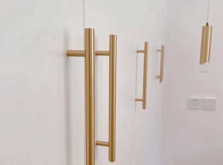 定制衣柜要固定吗?定制衣柜怎样固定在墙上?