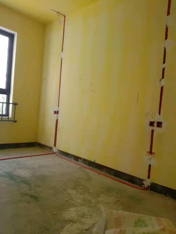 家庭装修中地面铺装地板的注意事项