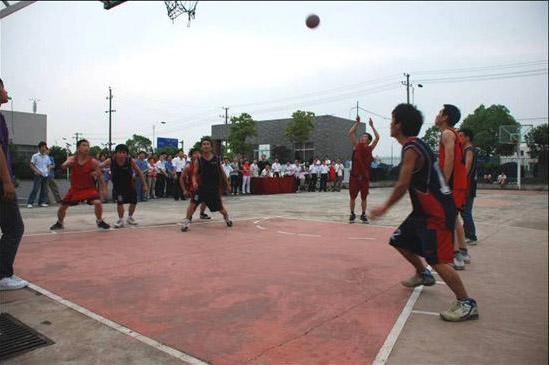 秦泵机电举办员工篮球比赛