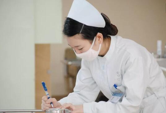 我国护士队伍学历逐步提升