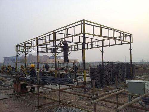 中天红林为你介绍四川钢筋棚搭设的规范尺寸
