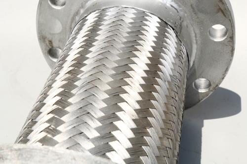 成都金属软管不密实主要有七个原因