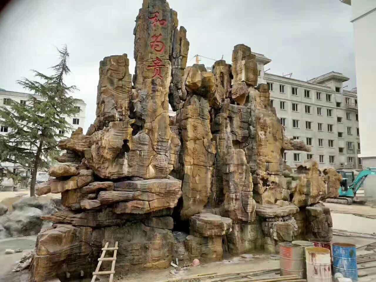 四川水泥雕塑设计