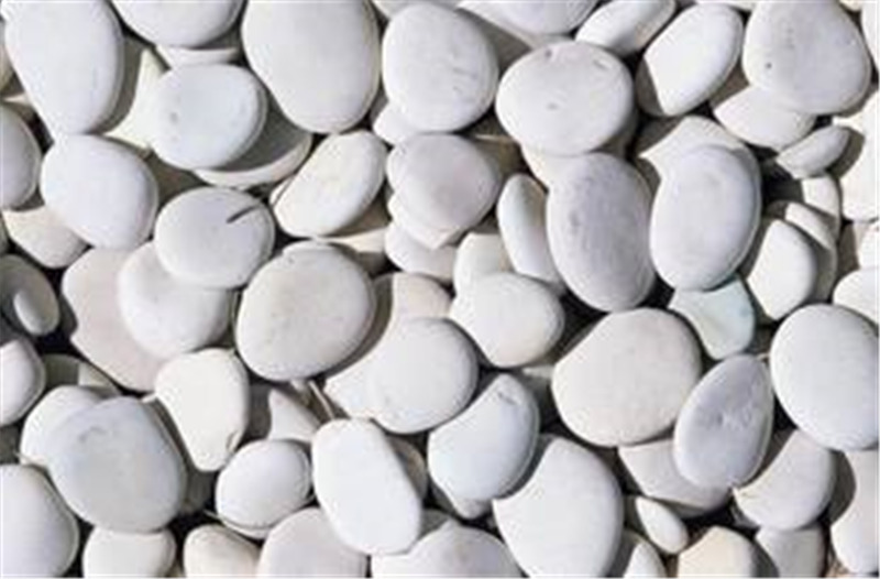 南阳弘鑫园林---水厂怎么铺设鹅卵石?