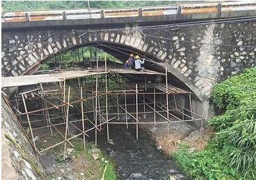 浅谈关于常见的拱桥加固方法
