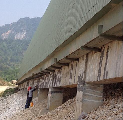 裂缝加固工程施工图片