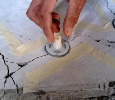 四川裂缝加固工程
