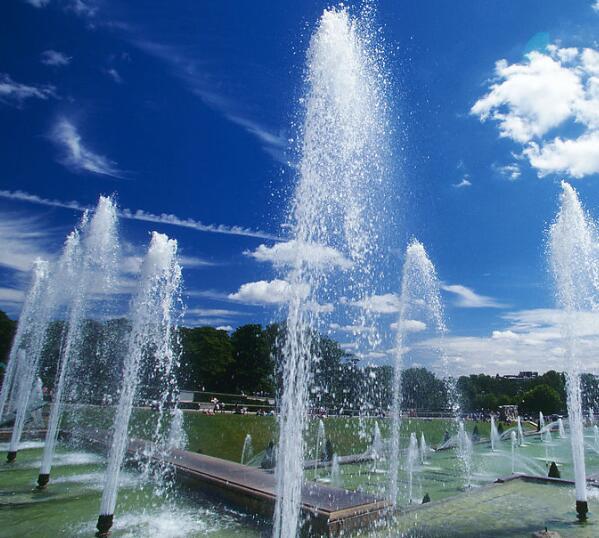 噴泉的建造形式都有哪些 除了音樂噴泉還有別的嗎