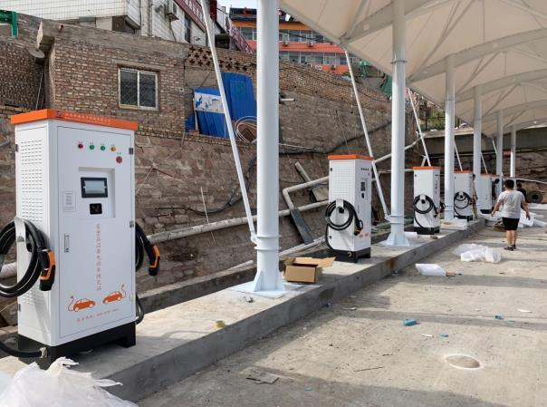 榆林市吴堡县沿黄公路充电站
