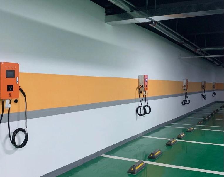 信阳市三圣集团地下停车场充电站
