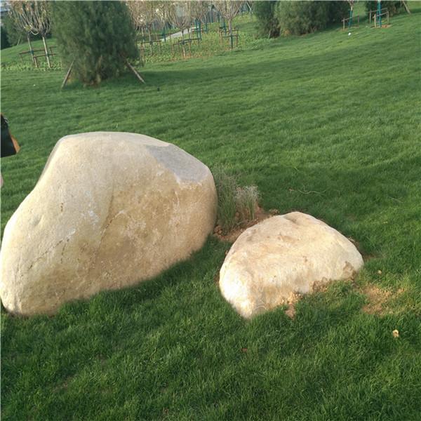 南阳鹅卵石风景石基地 实现园林返璞归真的艺术风格