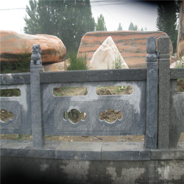 供应南阳石栏杆 石雕栏板  装饰感越来越强
