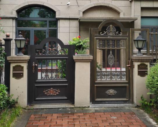 铜铝庭院门案例